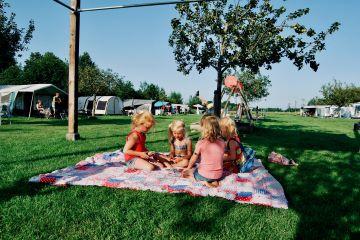 """alt=""""klein camping"""""""